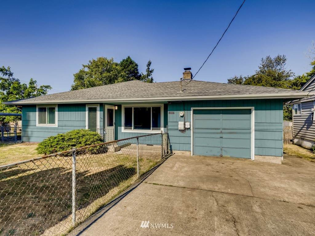 12647 22nd Ave S - Photo 1