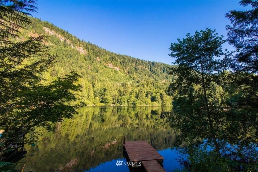 37334 Lake Walker Drive - Photo 1