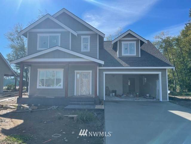 821 Pine Crest Drive, Everson, WA 98247 (#1839156) :: Franklin Home Team