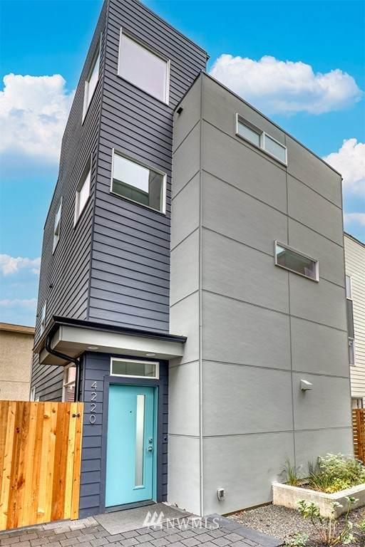 4220 Linden Avenue N, Seattle, WA 98103 (#1856910) :: Neighborhood Real Estate Group