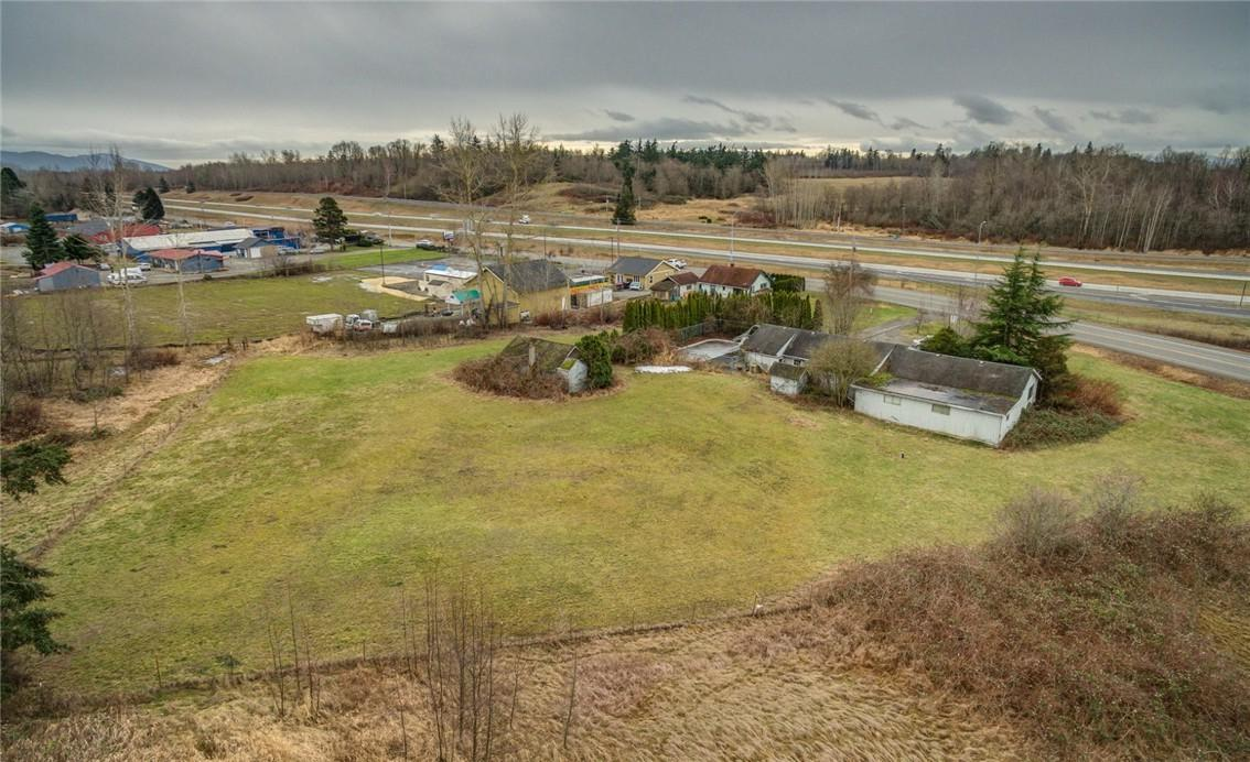4792 Pacific Hwy - Photo 1