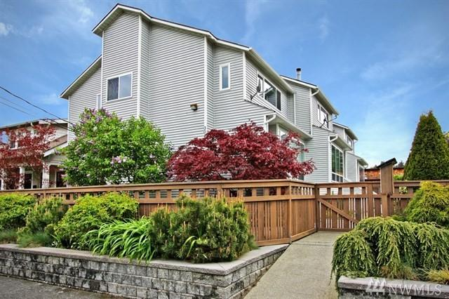 3018 62nd Ave SW #3, Seattle, WA 98116 (#1351803) :: McAuley Real Estate