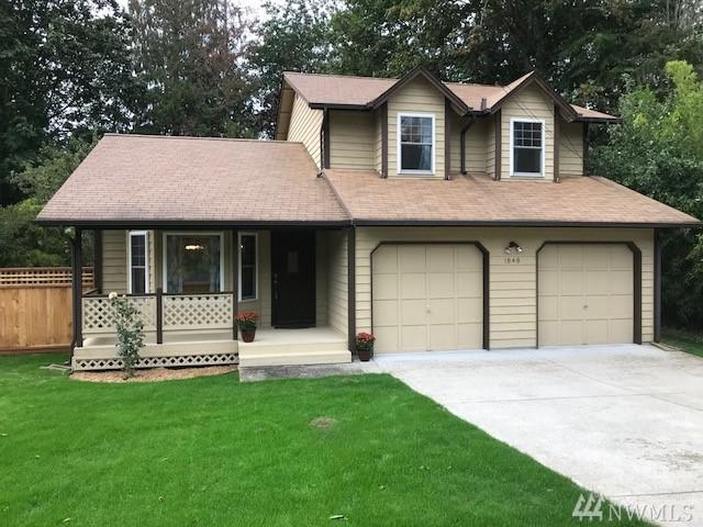 1848 NW Circle Dr N, Poulsbo, WA 98370 (#1365795) :: Homes on the Sound