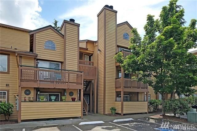 22810 30th Ave S C304, Des Moines, WA 98198 (#1454753) :: McAuley Homes
