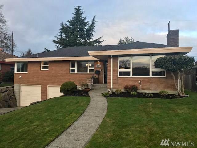 4252 NE 74th St, Seattle, WA 98115 (#1547941) :: Keller Williams Realty