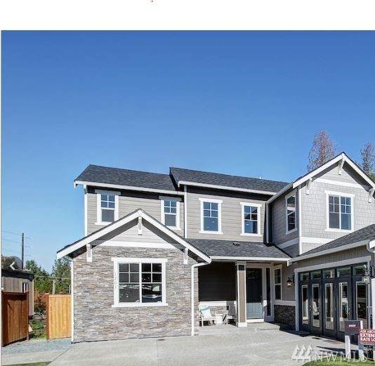 1203 24th Av Ct SW, Puyallup, WA 98371 (#1559782) :: Real Estate Solutions Group