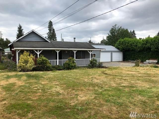 632 110th St S, Tacoma, WA 98444 (#1624718) :: Keller Williams Realty