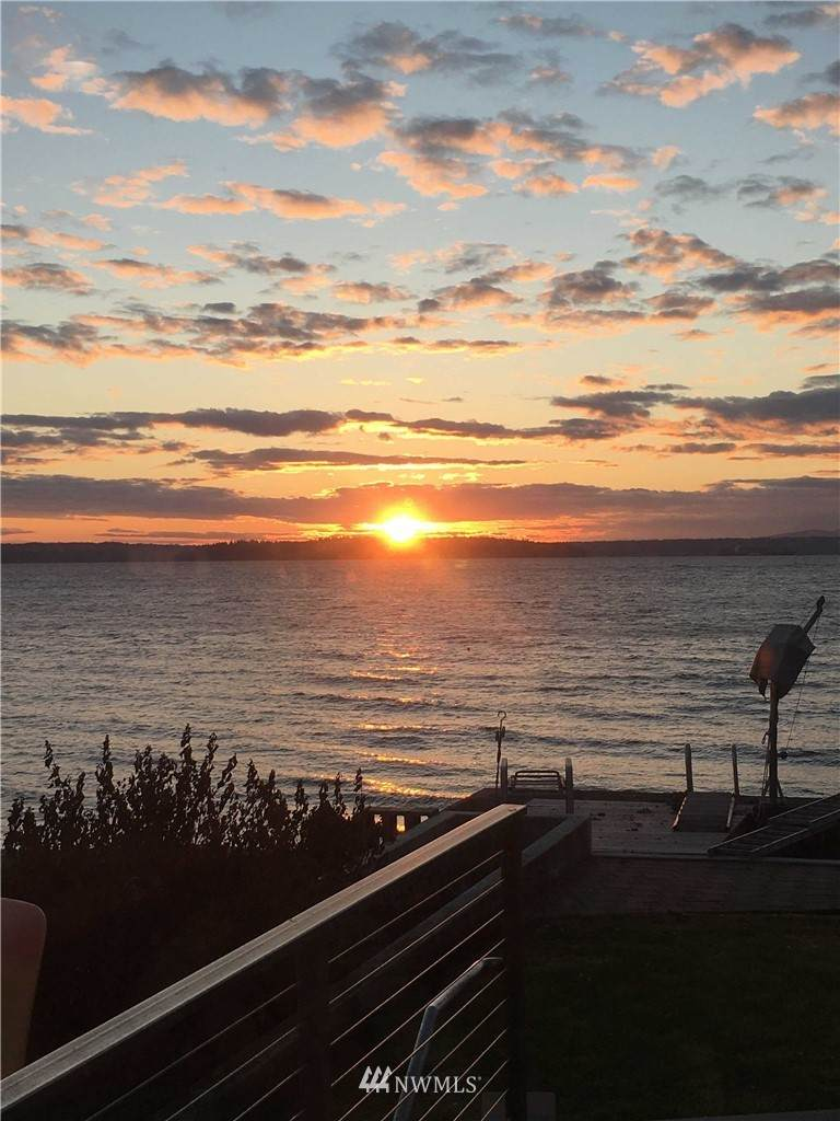 4827 Beach Drive - Photo 1