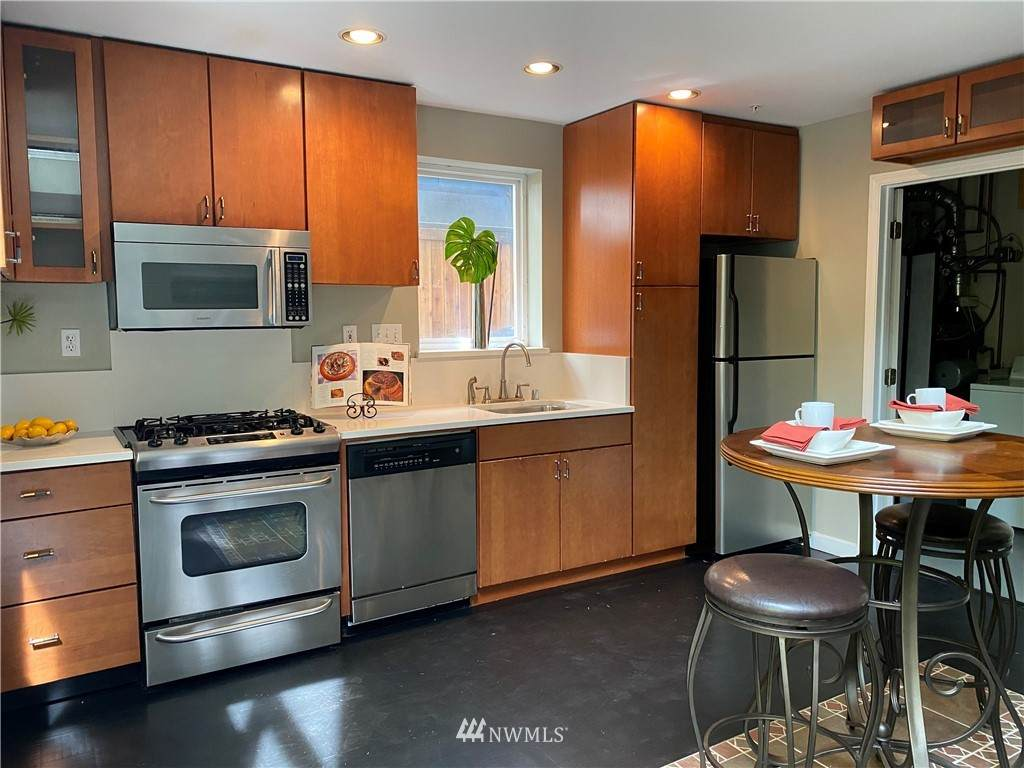 133 22nd Avenue - Photo 1