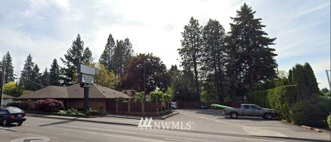 2616 112th Avenue - Photo 1