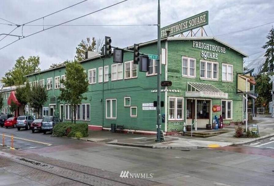 2501 D Street - Photo 1