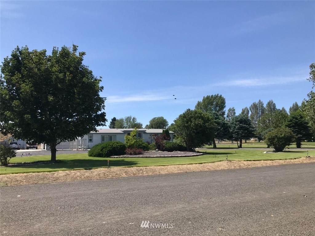 5704 J.2 Road - Photo 1