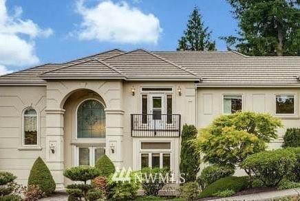 6179 155th Avenue SE, Bellevue, WA 98006 (#1786261) :: Better Properties Lacey