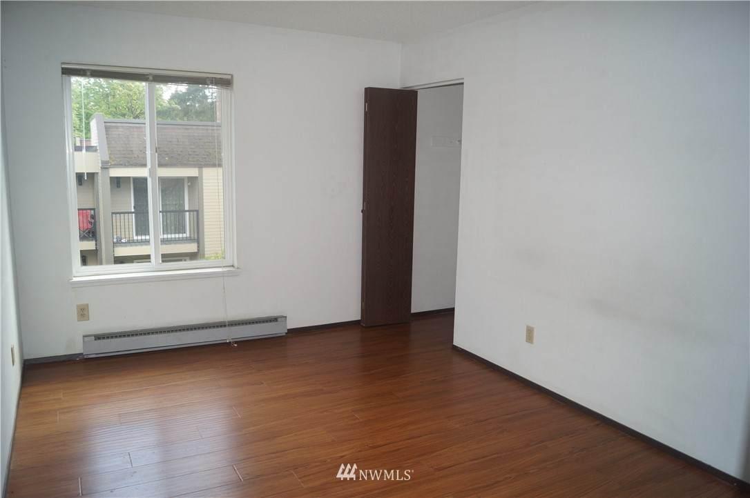 14640 32nd Street - Photo 1