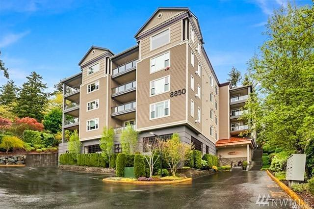 8850 Redmond Woodinville Rd NE #404, Redmond, WA 98052 (#1310733) :: The Vija Group - Keller Williams Realty