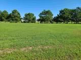 121 Charleston Drive - Photo 3