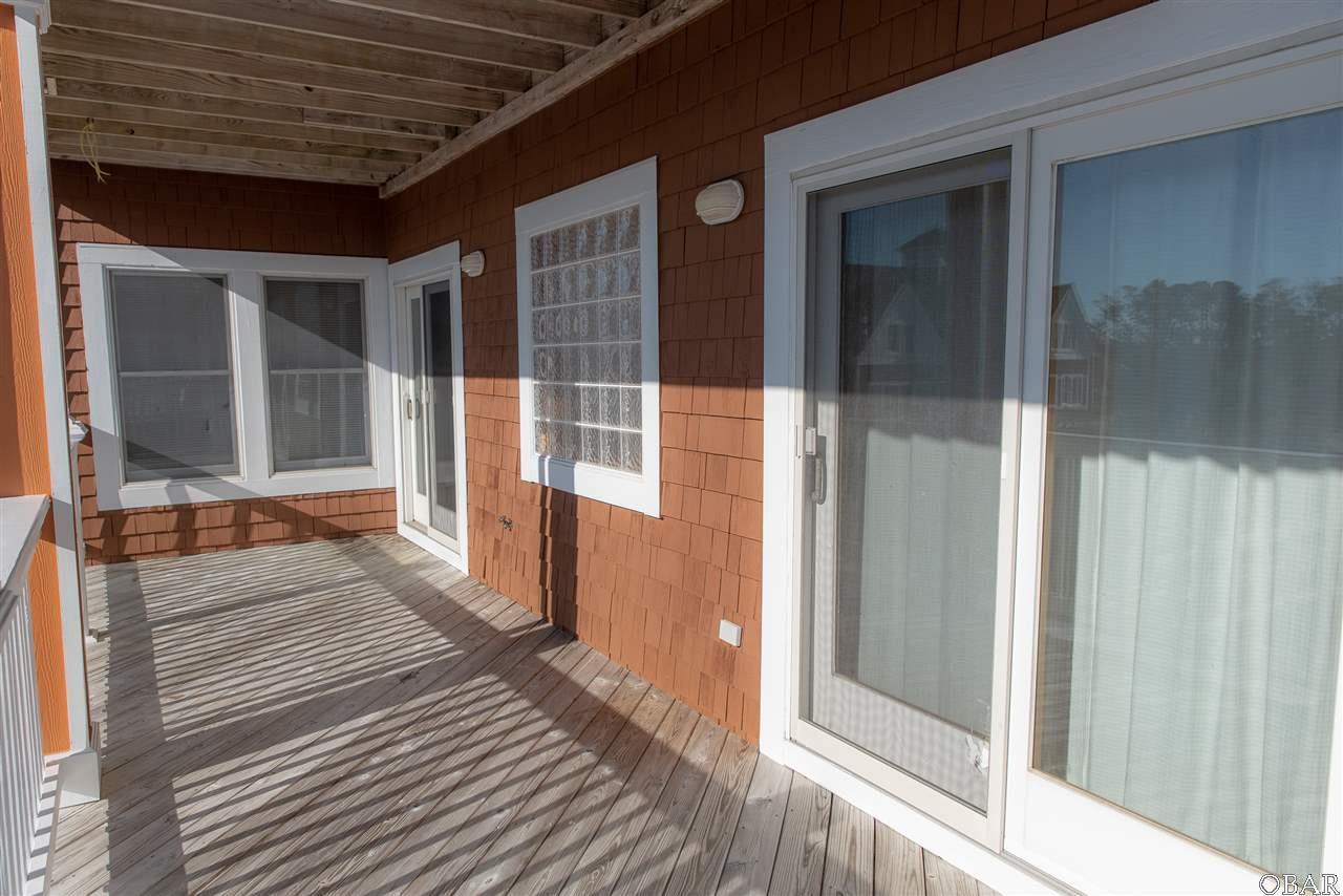 104 North Bay Club Drive - Photo 1