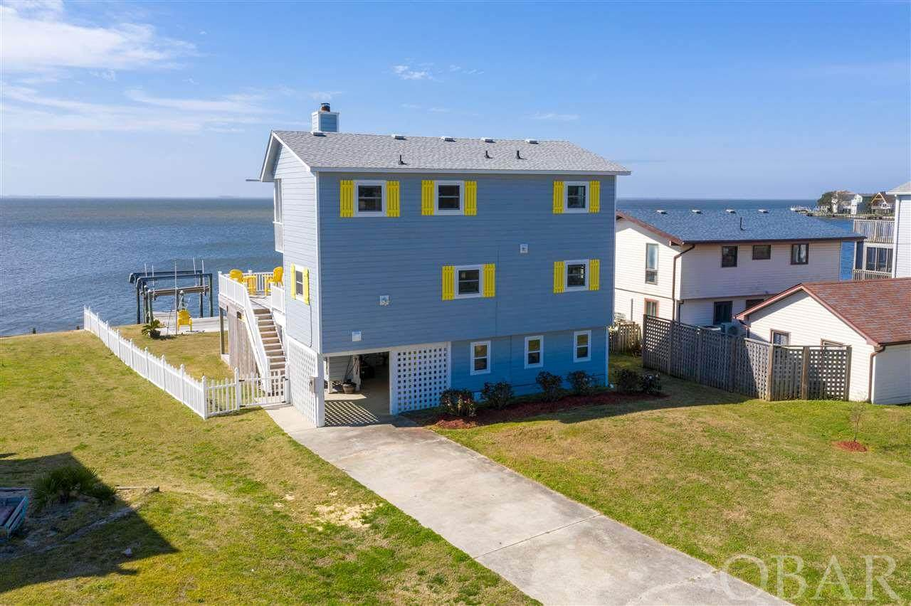 715 Harbour View Drive - Photo 1