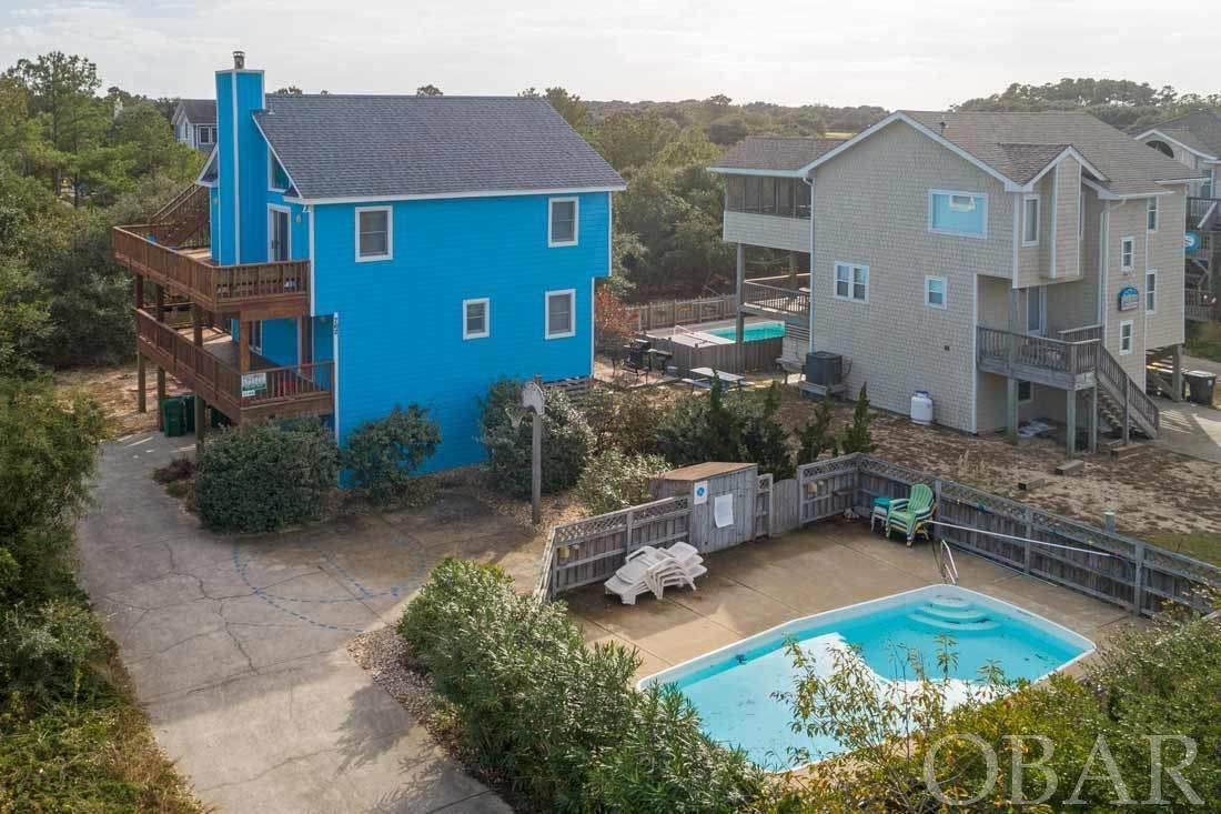 762 Lakeshore Court - Photo 1