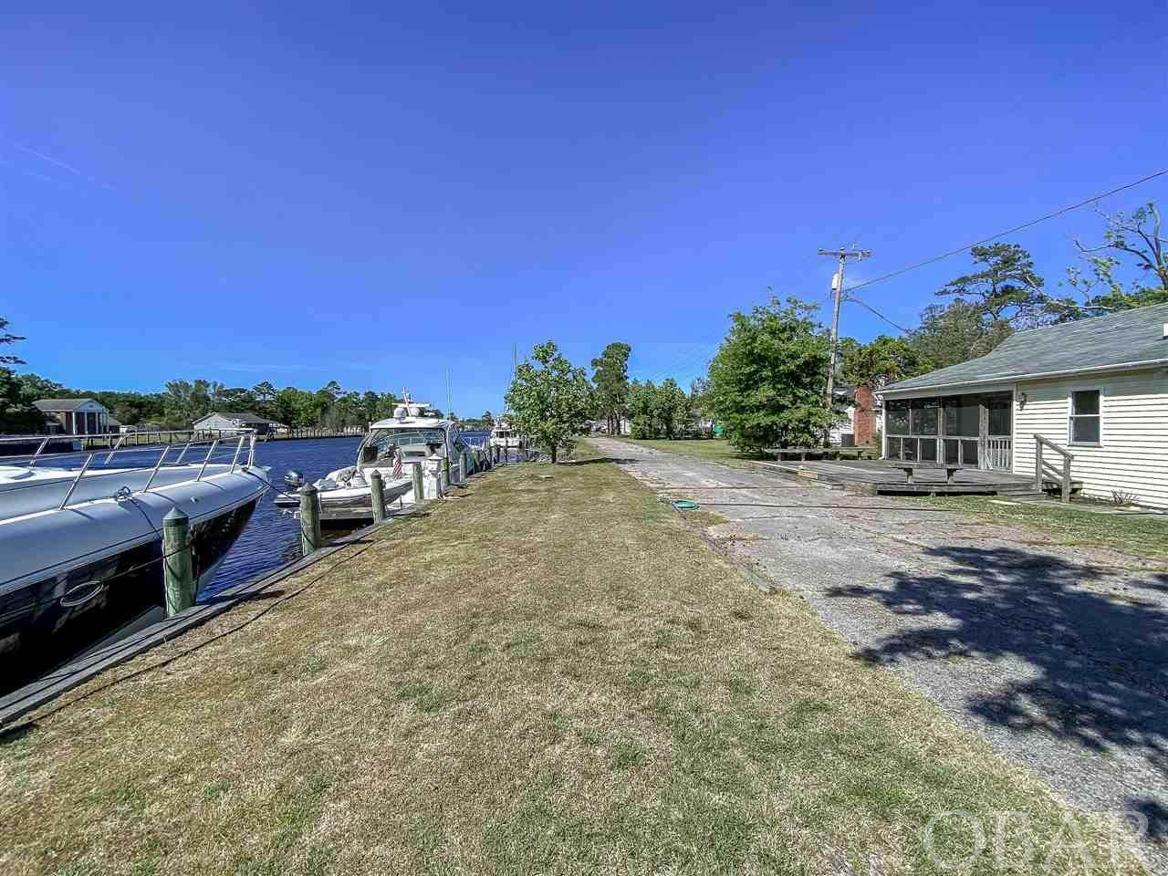 305 Waterlily Road - Photo 1