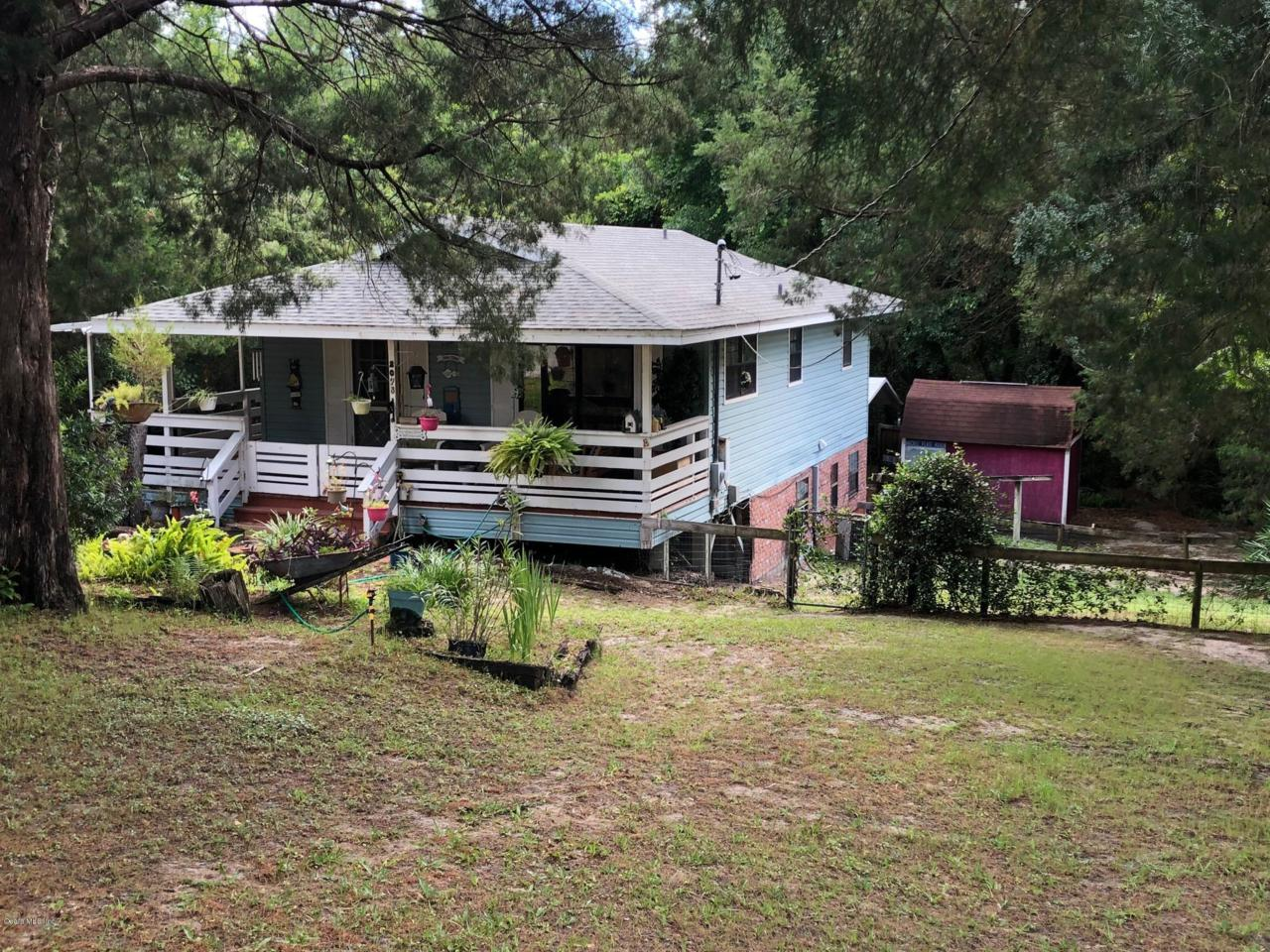 Cool 2075 Se 178Th Avenue Silver Springs Fl 34488 Mls 556799 Globalwide Realty Beutiful Home Inspiration Ommitmahrainfo