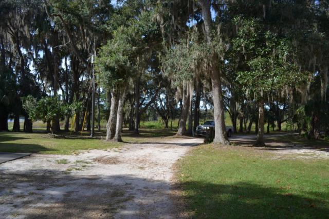 14351 NE 209 Terrace Road, Salt Springs, FL 32134 (MLS #509357) :: Realty Executives Mid Florida