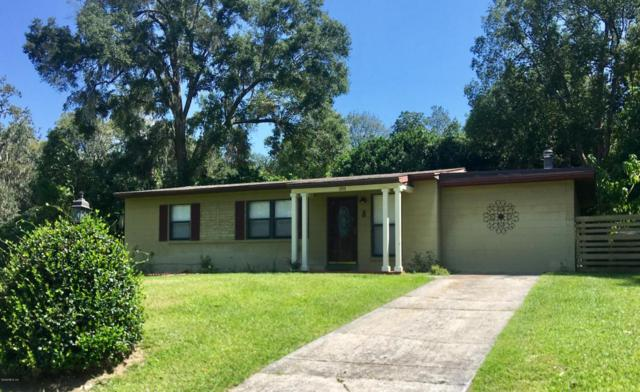 201 NE 37th Court, Ocala, FL 34470 (MLS #524441) :: Realty Executives Mid Florida