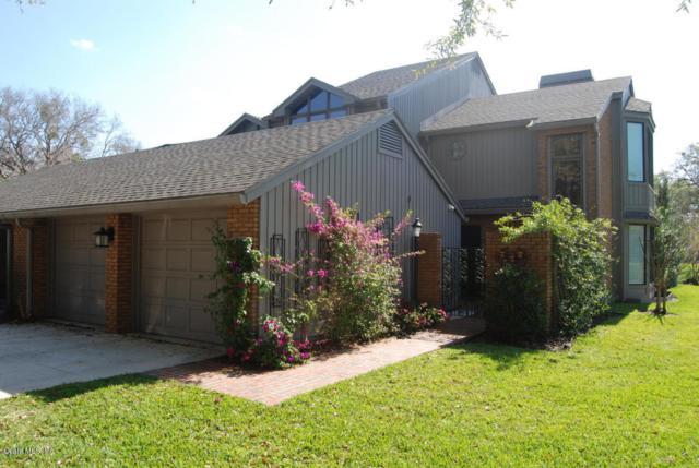 1741 SE Clatter Bridge Road, Ocala, FL 34471 (MLS #526754) :: Bosshardt Realty