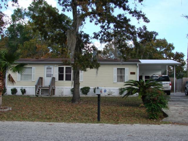 2091 SE 172nd Terrace, Silver Springs, FL 34488 (MLS #528353) :: Bosshardt Realty
