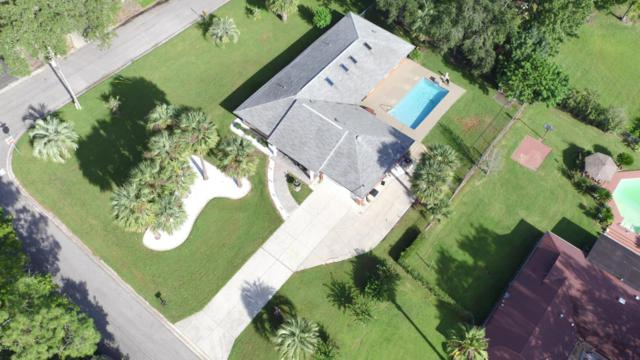 627 SE 17th Place, Ocala, FL 34471 (MLS #528504) :: Bosshardt Realty