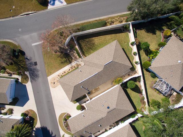 472 Valverda Drive, The Villages, FL 32162 (MLS #529803) :: Realty Executives Mid Florida