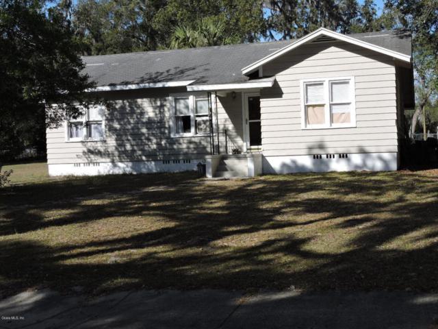 925 NE 5th Street, Ocala, FL 34470 (MLS #529892) :: Bosshardt Realty
