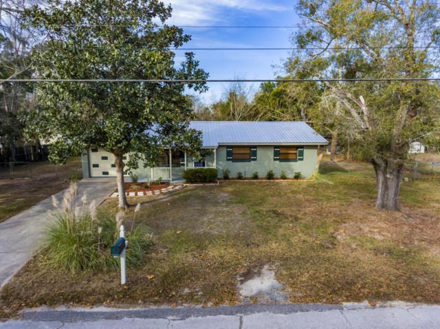 5012 NE 18th Court, Ocala, FL 34479 (MLS #530294) :: Bosshardt Realty