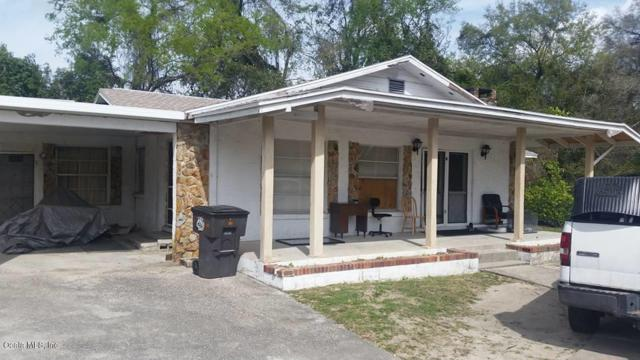 1937 SW 2nd Street, Ocala, FL 34471 (MLS #532452) :: Realty Executives Mid Florida