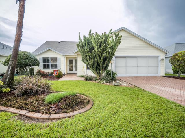 858 Oak Forest Drive, The Villages, FL 32162 (MLS #533658) :: Bosshardt Realty