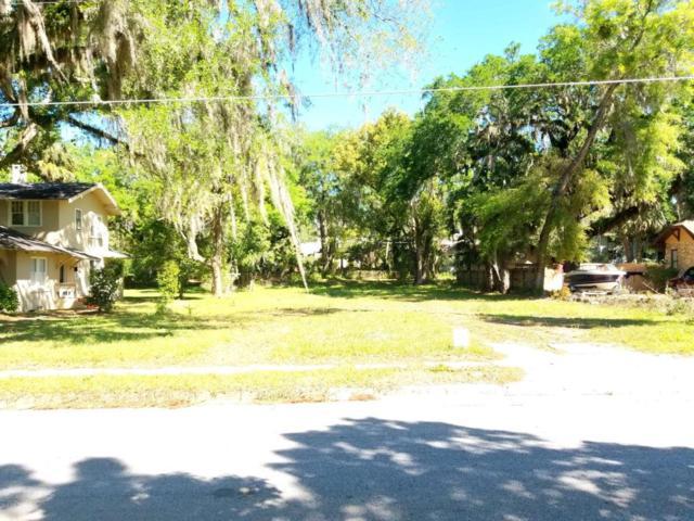 927 NE 3rd Street, Ocala, FL 34470 (MLS #533817) :: Bosshardt Realty