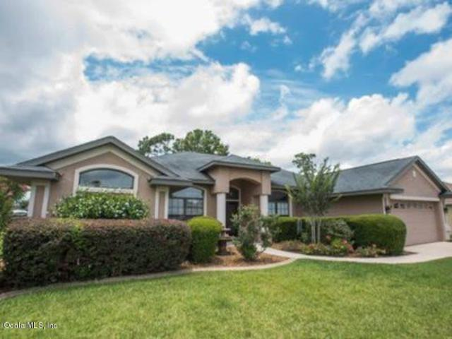 10090 SE 69th Avenue, Belleview, FL 34420 (MLS #538313) :: Realty Executives Mid Florida