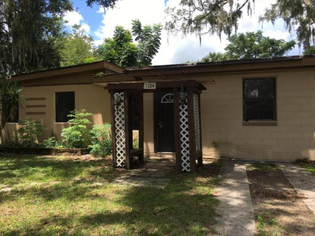 1304 NE 10th Avenue, Ocala, FL 34470 (MLS #540597) :: Bosshardt Realty