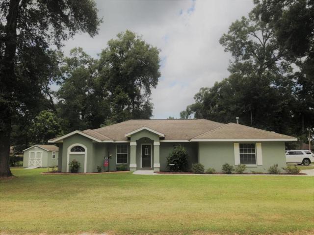 1381 NE 37th Lane, Ocala, FL 34479 (MLS #541227) :: Bosshardt Realty