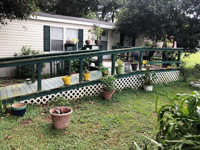 9840 SE 167th Place, Summerfield, FL 34491 (MLS #542917) :: Bosshardt Realty