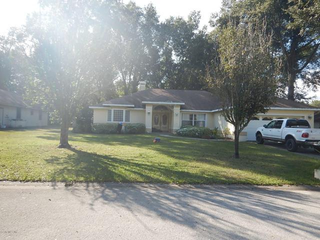 956 NE 50th Avenue, Ocala, FL 34470 (MLS #545160) :: Bosshardt Realty