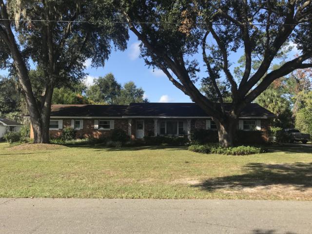 820 NE 42nd Terrace, Ocala, FL 34470 (MLS #546132) :: Bosshardt Realty