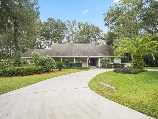 4550 SE 7th Place, Ocala, FL 34471 (MLS #546155) :: Bosshardt Realty