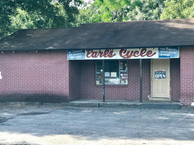 2420 N Pine Avenue, Ocala, FL 34475 (MLS #546277) :: Realty Executives Mid Florida