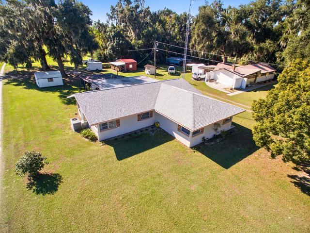 11900 SE Sunset Harbor Road, Weirsdale, FL 32195 (MLS #548269) :: Pepine Realty