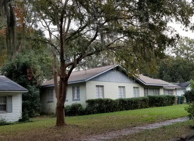 1137 NE 9th Street, Ocala, FL 34470 (MLS #548539) :: Bosshardt Realty