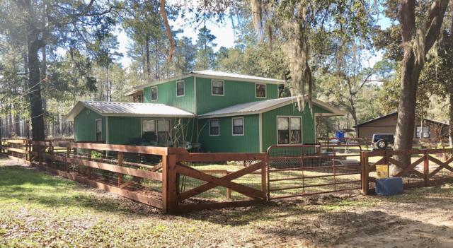 131 Oak Hill Circle, Palatka, FL 32177 (MLS #548879) :: Bosshardt Realty