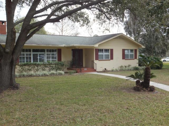2401 SW 36th Avenue, Ocala, FL 34474 (MLS #549329) :: Realty Executives Mid Florida