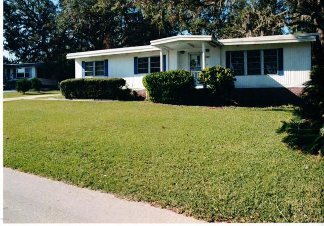 300 NE 63rd Court, Ocala, FL 34470 (MLS #549971) :: Realty Executives Mid Florida