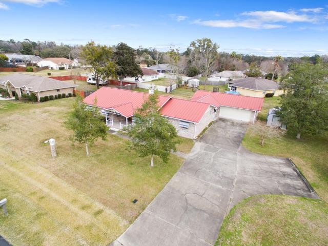 5479 SE 14th Court, Ocala, FL 34480 (MLS #550240) :: Bosshardt Realty